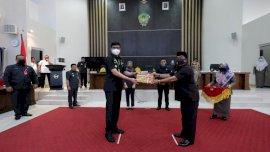 Bupati Adnan Serahkan 2 Ranpeda Untuk Dibahas di DPRD Gowa