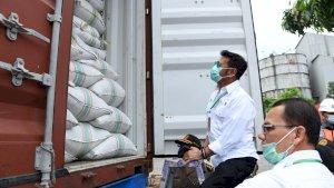 Mentan Syahrul Lepas Ekspor Perdana Cabai Kering ke Pakistan