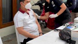 Kapolda Sulsel Ikut Vaksinasi Covid-19 di Polda Metro Jaya