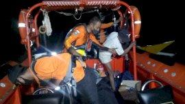 Mesin Perahu Mati Selama 5 Jam, Nelayan Bantaeng Diselamatkan Tim SAR