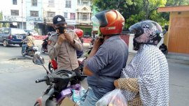 Personil Polres Gowa Kembali Ingatkan Masyarakat Pentingnya Prokes Covid-19